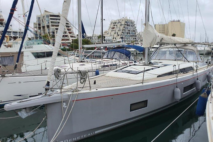 Beneteau Oceanis 461 for sale in France for €329,000 (£282,391)