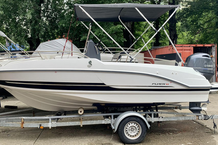 Beneteau Flyer 5.5 Spacedeck for sale in Serbia for €30,000 (£25,645)