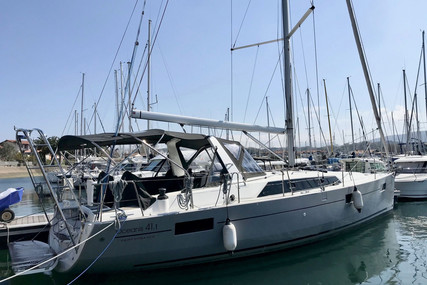 Beneteau Oceanis 41.1 for sale in France for €210,000 (£180,259)