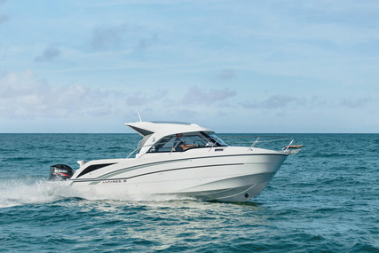 Beneteau Antares 8 OB for sale in France for €39,960 (£34,233)