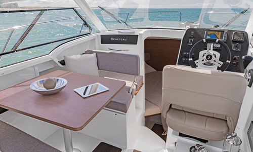 Image of Beneteau Antares 8 OB for sale in France for €39,960 (£34,193) HENDAYE, , France
