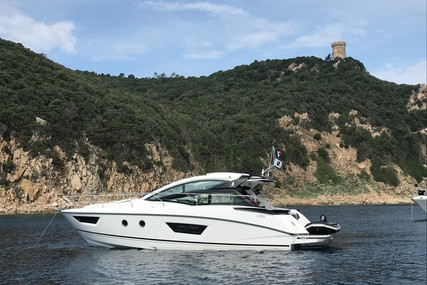 Beneteau Gran Turismo 40 for sale in France for €315,000 (£269,332)