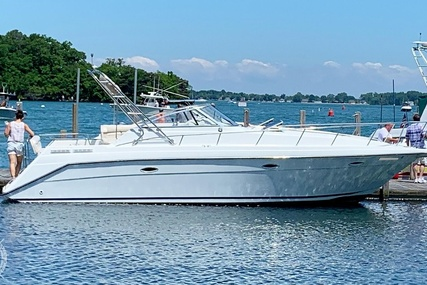 Rinker Fiesta Vee 300 for sale in United States of America for $20,000 (£14,360)