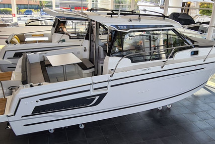 Jeanneau Merry Fisher 795 for sale in France for €102,000 (£87,554)