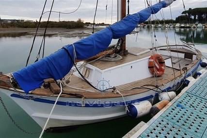 Galeazzi palinuro for sale in Italy for €10,000 (£8,584)