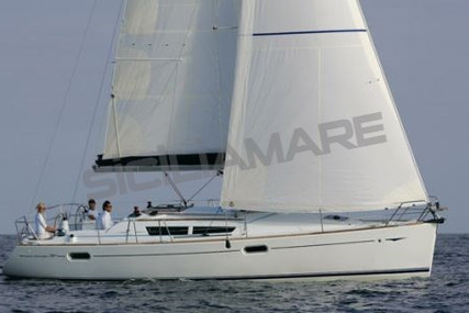 Jeanneau Sun Odyssey 39i for sale in Italy for €95,000 (£81,921)