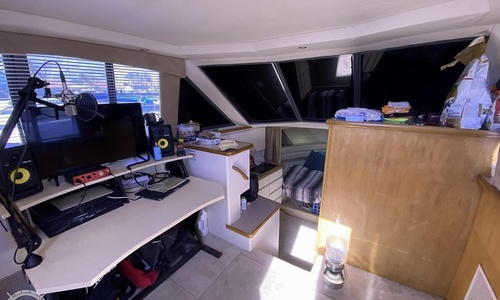Image of Carver Yachts 325 Aft Cabin for sale in United States of America for $66,700 (£48,599) Hollywood, Florida, United States of America