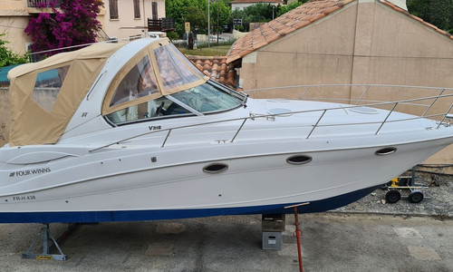 Image of Four Winns VISTA 318 for sale in France for €79,000 (£67,599) BORMES LES MIMOSAS, , France