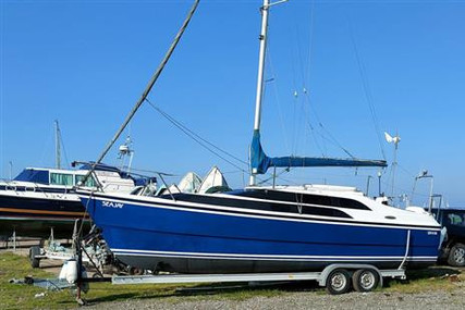 MAC GREGOR 26 M for sale in United Kingdom for £19,950 ($27,339)