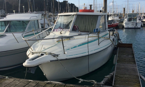 Image of Beneteau Antares 680 HB for sale in France for €16,000 (£13,733) SAINT-MALO, , France