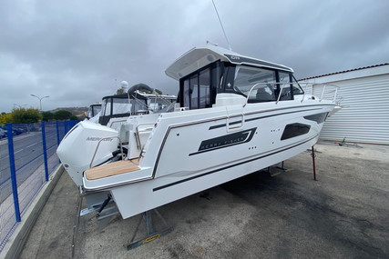 Jeanneau Merry Fisher 1095 for sale in France for €259,000 (£221,847)