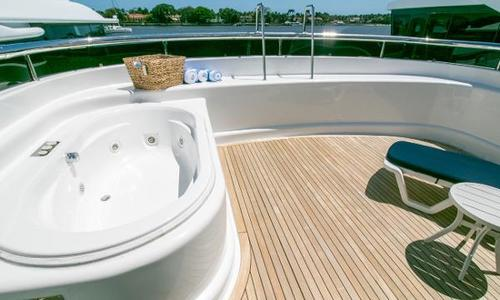 Image of Azimut Yachts Tri-Deck/Raised Pilothouse for sale in United States of America for $3,900,000 (£2,808,888) Fort Lauderdale, FL, United States of America