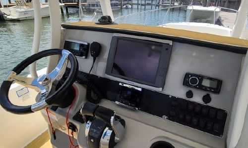 Image of Boston Whaler 270 Dauntless for sale in Germany for £77,000 Germany