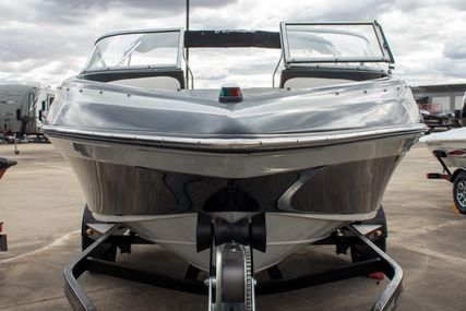 Crownline 18SS for sale in Germany for €17,000 (£14,547)