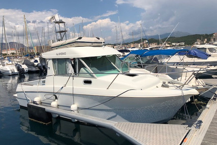 Jeanneau Merry Fisher 750 for sale in France for €19,600 (£16,674)
