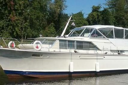Chris-Craft Commander 42 for sale in Canada for $125,000 (£72,605)