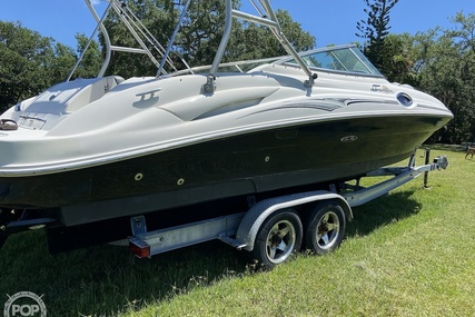 Sea Ray 270 Sundeck for sale in United States of America for $36,750 (£26,286)