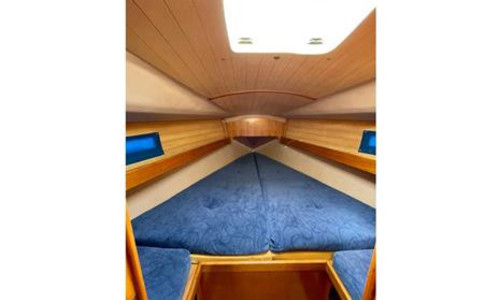 Image of Beneteau Oceanis 320 for sale in United Kingdom for £29,995 Harwich, , United Kingdom