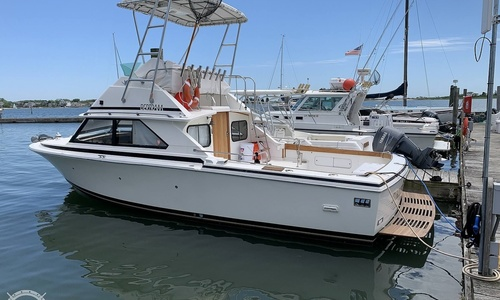 Image of Bertram 28 Flybridge for sale in United States of America for $34,900 (£25,164) Clinton, Connecticut, United States of America