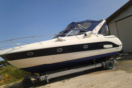 Sessa Marine Oyster 30 for sale in Italy for €68,000 (£58,142)