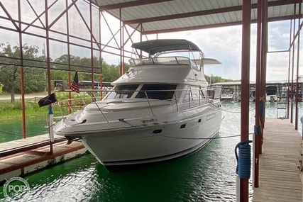 Cruisers Yachts 3650 for sale in United States of America for $97,000 (£69,648)