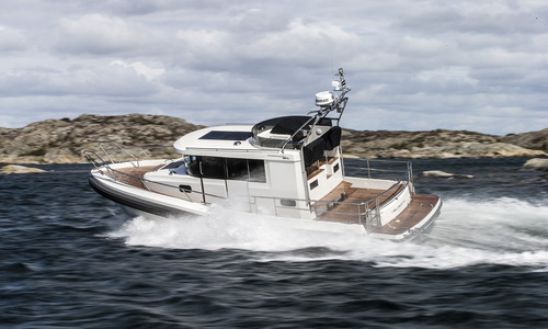 Image of Paragon 31 Fly for sale in United Kingdom for kr3,309,390 (£278,023) London, United Kingdom