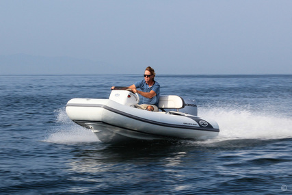 Walker Bay Generation 10 LTE with 4 Seat Console for sale in United Kingdom for £16,950