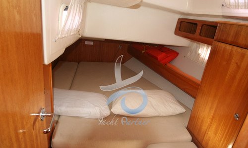 Image of Bavaria Yachts Cruiser 46 for sale in Italy for €90,000 (£77,011) Puglia, Puglia, , Italy