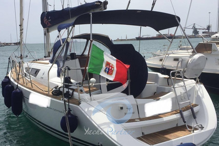 Jeanneau Sun Odyssey 36i for sale in Italy for €78,000 (£65,872)