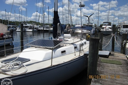 Cal Yachts 39 for sale in United States of America for $43,900 (£31,986)