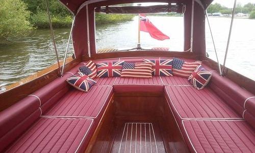 Image of Chris-Craft Cruiser for sale in United Kingdom for £68,500 Henley on Thames, United Kingdom