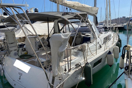 Beneteau Oceanis 41.1 for sale in France for €177,000 (£151,933)