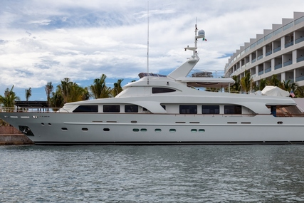 Custom 33 Meter for sale in Mexico for $3,200,000 (£2,321,936)