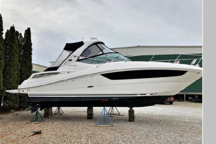Sea Ray 330 Sundancer for sale in United States of America for $159,500 (£114,086)