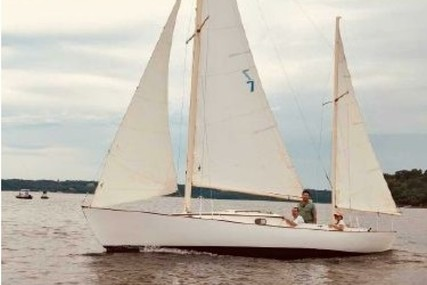 Herreshoff Rozinante for sale in United States of America for $29,900 (£21,503)