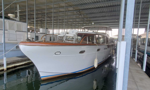 Image of Chris-Craft Constellation for sale in United States of America for $68,900 (£49,904) Scottsboro, Alabama, United States of America