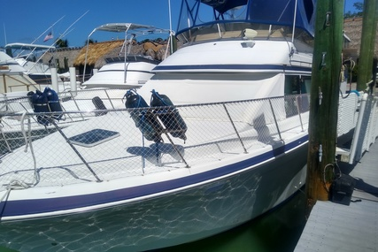 Chris-Craft 372 Catalina for sale in United States of America for $49,900 (£35,692)