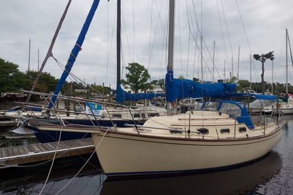 Island Packet 27 for sale in United States of America for $41,500 (£29,772)