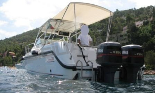 Image of Boston Whaler Conquest 28 for sale in France for €59,000 (£49,742) Costa Azzurra, , France