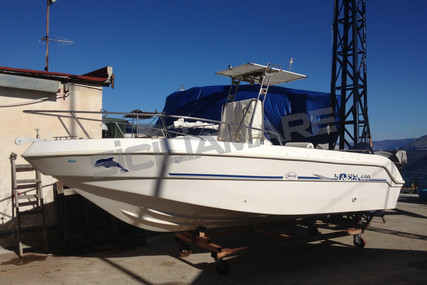 Saver MANTA 600 for sale in Italy for €11,800 (£9,968)