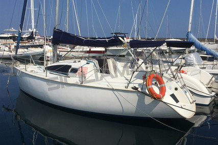Jeanneau Sun Way 25 for sale in Italy for €23,000 (£19,666)