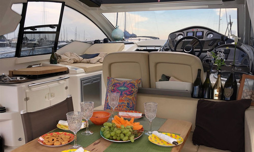 Image of Cranchi MEDITERRANEE 38 HT for sale in Italy for €240,000 (£204,796) Puglia, , Italy
