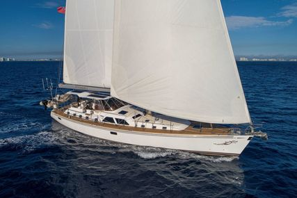 Hylas 70 for sale in United States of America for $1,500,000 (£1,085,894)