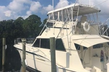 Hatteras 53 Convertible for sale in United States of America for $139,000 (£100,680)