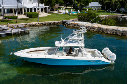 Hydra-Sports 4200 SF for sale in United States of America for $429,000 (£308,522)