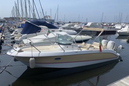 Sessa Marine Key Largo 25 for sale in Italy for €39,000 (£33,195)
