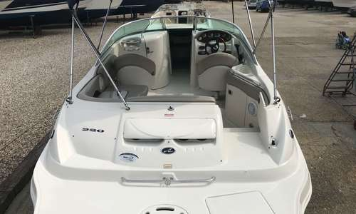 Image of Sea Ray 220 Sundeck for sale in United Kingdom for £26,950 United Kingdom