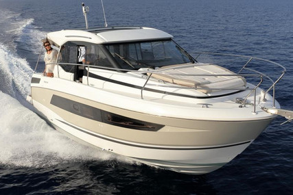 Jeanneau NC 33 for sale in Germany for €271,677 (£232,670)