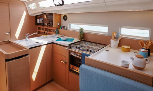 Image of Jeanneau Sun Odyssey 410 for sale in Germany for €260,965 (£224,006) Bönningstedt, , Germany