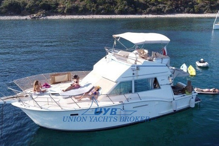 Hatteras 37 FLY for sale in Italy for €55,000 (£46,936)